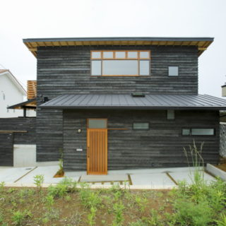 大村 焼杉の家